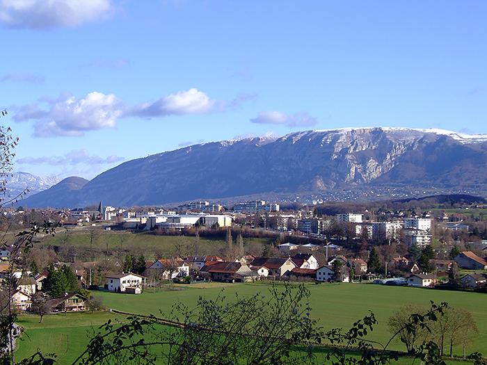 Saint_Julien_Saleve.jpg